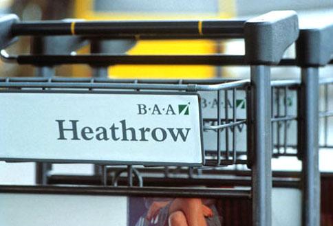 Heathrow Airport Signage (2005–09)